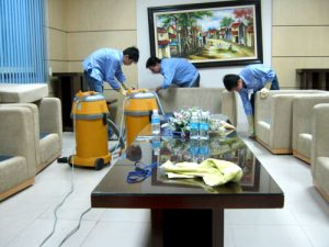 dịch vụ vệ sinh nhà cửa cuối năm