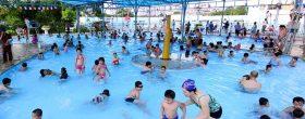 dịch vụ vệ sinh hồ bơi gia đình